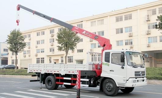 Xe Tải DongFeng B190 Gắn Cẩu